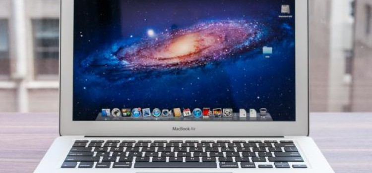 "Is Apple New MacBook Air 13"" Worth it?"