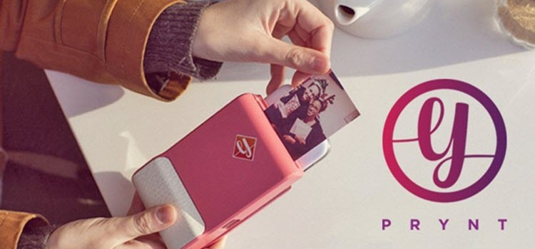 Missing the Polaroid Instant Camera? Now You Can Turn Your Phone into One