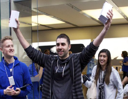 Apple's New Strategy To Revive Back Sales – 15% Price Cut on iPhones